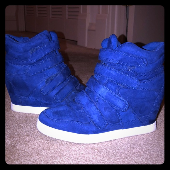 Mudd Shoes | Cobalt Blue Wedge Sneaker
